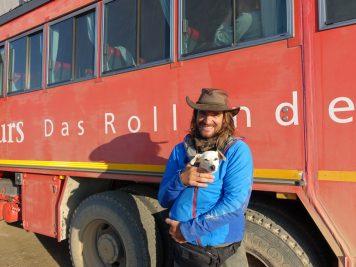 Rotelbus, Reiseleiter, Namibia