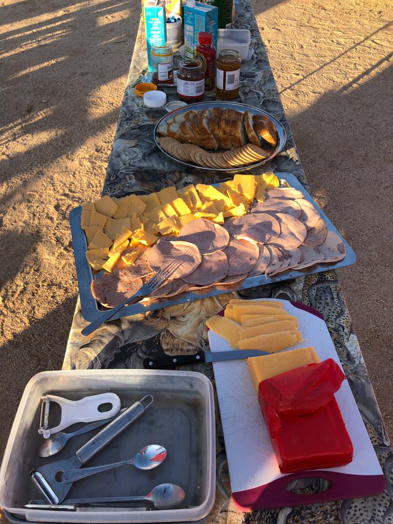 Rotel Tours Frühstück Camping
